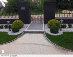 Low maintenance yard idea - All For Garden Outdoor Landscaping, Front Yard Landscaping, Backyard Patio, Desert Backyard, Front Garden Landscape, Landscape Design, Back Gardens, Outdoor Gardens, Garden Planning