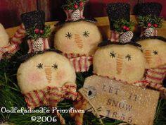 Primitive Christmas Snowmen Ornies