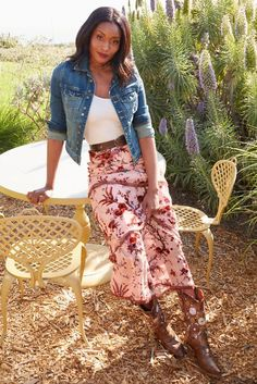 Floral Burnout Maxi Skirt | Beyond Proper Boston Proper. There are endless pairing possibilities in our Floral Maxi Skirt. Match it back to our Floral Burnout Top or with boots and a jean jacket. Denim Skirt Outfits, Preppy Outfits, Spring Outfits, Boot Outfits, Bohemian Chic Fashion, Cute Fashion, Modest Fashion, Boho Style, Boho Chic