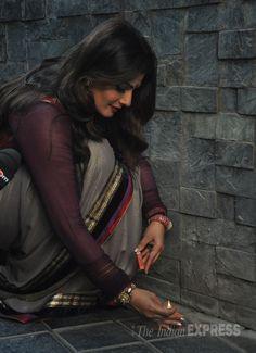Raveena Tandon lights the diyas as she celebrated Diwali at her Mumbai residence. #Bollywood #Fashion #Style #Beauty