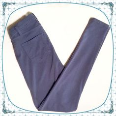 "Blue-Gray Jeggings Blue-gray Jeggings with 2 functional front pockets, 2 functional back pockets, belt loops, no front closure, and stretchy soft material. Tag has been cut out so unsure of brand or exact size but likely size 5 considering my friends other pair given to me to sell. Waist is 25"" unstretched, 28"" stretched. Length is 36"".  ✅Ask questions ✅Bundle ✅Offers ❌NO Trades ❌NO PayPal Pants Leggings"