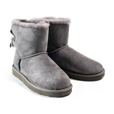 UGG Boots ($195) ❤ liked on Polyvore featuring shoes, boots, grey, grey boots, grey shoes, gray boots, ugg® australia shoes et ugg australia