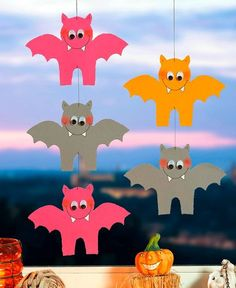 "Happy Halloween ""Fledermaus Bilderketten"" Basteln mit Kindern Happy Halloween ""bat picture chains"" crafts with children Kids Crafts, Diy Crafts Love, Mouse Crafts, Easy Fall Crafts, Halloween Crafts For Kids, Happy Halloween, Halloween Costumes Scarecrow, Halloween Bats, Manualidades Halloween"