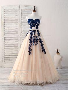Elegant sweetheart tulle lace applique blue long prom dresses