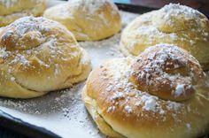 Receta de pan de Mallorca (Puerto Rican Sweet Rolls) | Tara's Multicultural ...