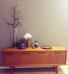 Retro sjenk fra 1970 tallet. Vase, Cabinet, Storage, Furniture, Home Decor, Clothes Stand, Purse Storage, Decoration Home, Room Decor