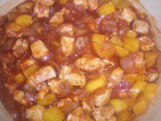 Pilaf met kip, perzik en tomatenpuree
