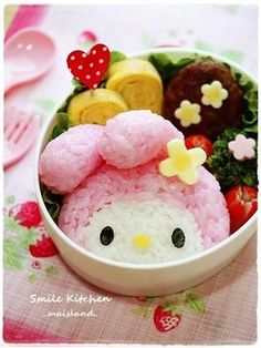 My Melody Onigiri Character Bento Recipe - How are you today? How about making My Melody Onigiri Character Bento? Japanese Food Art, Japanese Snacks, Japanese Sweets, Japanese Lunch, Kawaii Bento, Cute Bento, Mochi, Cute Food, Yummy Food