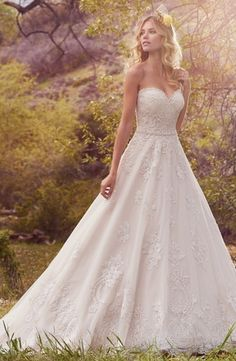 Sweetheart Princess/Ball Gown Wedding Dress with Natural Waist. Bridal Gown Style Number:33502121