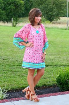 It's Day 23 of my 26 Days of Summer Fashion and I'm sharing this comfy dress from the Cotton Patch of Kentucky ‪#‎summerfashion‬ ‪#‎graceandbeautystyle‬ ‪#‎dress‬