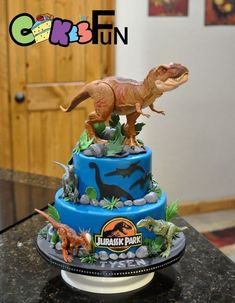 I don't do anything special. Customer sent toy dinosaurs, I made cake. That one on top was so huge. I hope he makes it to his destination without falling off. I made a fondant base for his feet and glued him in there. Dinasour Birthday Cake, Dinosaur Birthday Party, Dinosaur Cakes For Boys, Birthday Party At Park, 5th Birthday Cakes For Boys, 4th Birthday, Birthday Ideas, Bolo Fondant, Jurassic World Cake