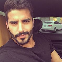 arab-men Handsome Arab Men, Handsome Faces, Silver Foxes Men, Hot Country Men, Beard Game, Muslim Beauty, Fly Guy, Muslim Men, Men Photoshoot
