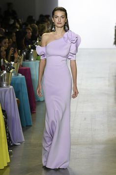 Badgley Mischka Spring 2019 Ready-to-Wear Fashion Show Collection: See the complete Badgley Mischka Spring 2019 Ready-to-Wear collection. Look 4 Nyc Fashion, Fashion Week, Runway Fashion, Fashion Show, Shrug For Dresses, The Dress, Formal Dresses, Wedding Dresses, One Shoulder Gown