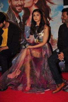 Alia Bhatt Looks For Shandaar Promotions