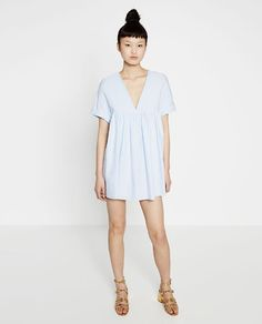 I have this from Zara. So light and comfortable. Everyone thought it was a super short dress, but I surprised them with the jump suit Vestidos Zara, Moda Madrid, Zara Official Website, Stylish Maternity, Jumpsuit Dress, Velvet Jumpsuit, Zara Dresses, Mini Dresses, Outfit