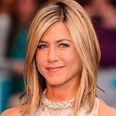 Jennifer Aniston Celebrity Beauty Tips and Tricks | Celebrity Makeup Ideas  Our beauty experts reveal the tricks and must-have products behind the prettiest hair and makeup celebrity looks.  #makeup #beauty #hair #celebrity #orglamix