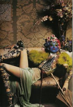 Photographed by Steven Klein styled by Patti Wilson and featuring model Karen Elson for Vogue Italia March 2004 Good Pose? Foto Fashion, Fashion Art, High Fashion, Floral Fashion, Fashion Shoot, Karen Elson, Tim Walker, Dark Beauty, Vogue