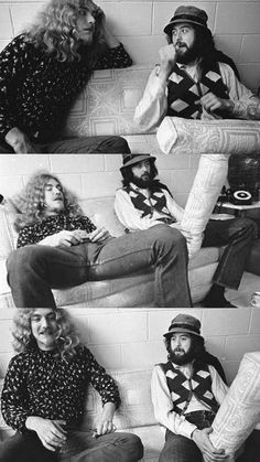 The Cushion Incident: Robert Plant and Jimmy Page messing around backstage. ☀Aug 21 1971 at the LA Forum Jimmy Page, Jimmy Jimmy, Robert Plant Led Zeppelin, Classic Rock Bands, Greatest Rock Bands, Great Bands, Cool Bands, Houses Of The Holy, John Bonham