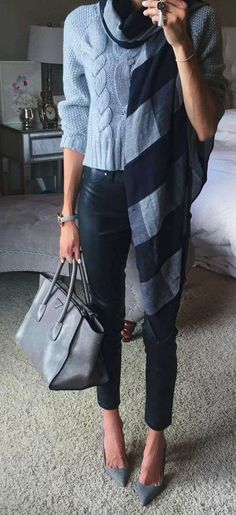Fall and Winter Fashion in grays with sweater, draped scarf and high heels. Love this chic winter outfit! Heels Outfits, Mode Outfits, Casual Outfits, Fashion Outfits, Blue Sweater Outfit, Light Blue Sweater, Blue Pants Outfit, Leather Pants Outfit, Light Blue Pants