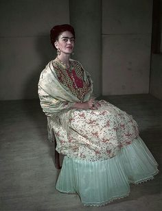 Hermosa fotografía de la gran Frida <3
