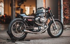Hookie Co-Dirt Track-Flat Track-Custom-Harley-Davidson-Harley Davidson-Sporter-883-Wildays-festival-motorcycle-moto-course-terre-off road-