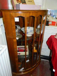 CORNER DISPLAY CABINET www.station109.com