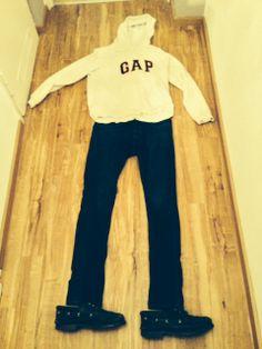 Casual Look für die Schule. GAP Pulli, Jeans und TImberland Schuhe.