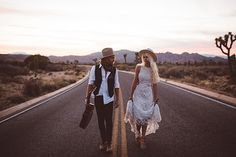 Gipsy wedding Rock // Mariage Indie Rock // Photo by Katherine Dalton Photography