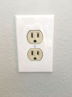 Easy electrical outlet cover tip to fix mismatched electrical easy electrical outlet cover tip to fix mismatched electrical outlets and covers electrical outlet covers outlets and electrical outlets sciox Choice Image