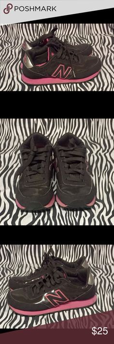 New Balance 501 Pink/Gray Size 7 Running Sneakers. Pink and Gray with signs of wear on shoes and bottoms. In great condition still looks new. New Balance Shoes Athletic Shoes