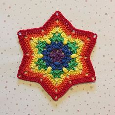 Star in rainbow colors ⭐️🌈 Yarn: järbo 8/4. Hook: 2,5. Pattern in English and Swedish in my blog 💗