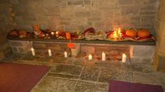 Advent Dinner room ideas, autumn colours for an entrance