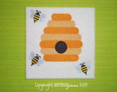 Bees and Hive, INSTANT DIGITAL DOWNLOWD, Bumble Bee Embroidery Design for Machine Embroidery 5x7
