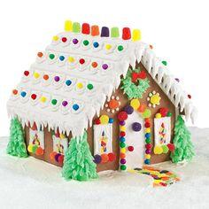 wilton - christmas - evergreen estate gingerbread house
