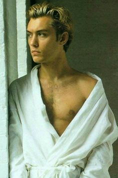 Jude Law While Young | Damn you, J, for raising my expectations in men! 😅