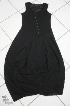 """www.modegalerie-bongardt.de - rundholz mode, rundholz black label, Rundholz DIP Rundholz black label winter 2014 asym. sleeveless dress """"alp..."""