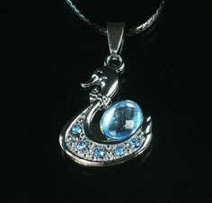 Cool Alloy Metal Swan Sky Blue Beads Pendant Necklace gEB25