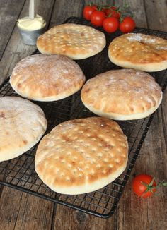 dagensrecept - another great swedish baking site Love Food, A Food, Food And Drink, Bread Recipes, Baking Recipes, Scandinavian Food, Swedish Recipes, Bread Baking, Food Inspiration