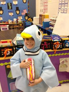 """The Pigeon finds a hot dog!"" costume. My kiddos would be stoked if I wore this!"