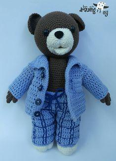 This retro teddy bear famous in Slovakia from cartoon movies as Macko Uško - Teddy bear that has funny ear. He sings songs to asleep for kids and he is wearing a pyjama. Crochet Bear, Crochet Dolls, Cartoon Movies, Songs To Sing, Singing, Teddy Bear, Retro, Funny, Crocheting