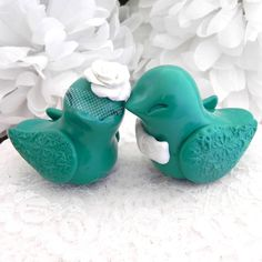 Emerald Love Birds Cake Topper  Pantone Color of the Year for Spring 2013 - Emerald  #pantone #emerald #etsy #wedding  3d-memoirs - Best in Wedding Blogs