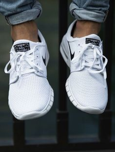 http://www.fashionnewswebsites.com/category/jeans-for-men/ Nike SB Janoski Max…