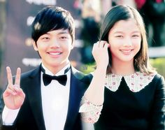 They are seriously the cutest. Can they keep being in dramas together please? #kdrama