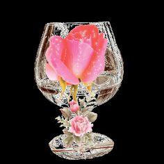 gifs fleurs - Page 9 Happy Birthday Wishes Photos, Birthday Greetings, Rose Wine Image, Beautiful Gif, Beautiful Roses, Beau Gif, Wine Images, Morning Rose, Flowers Gif
