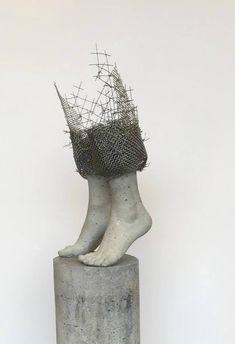 Lene Kilde Skulptur, betong og stål 70x25x22 cm SOLD