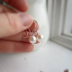 Pendientes perla pendientes de Dama de honor por KGarnerDesigns