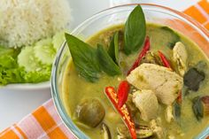 Thai Green Chicken Curry Recipe    http://www.thai-food-online.co.uk/thaigreencurry.asp    Gaeng Khiao Wan Gai or to give it an English name, Green Curry with Chicken, is one of the most popular dishes in Thailand. Almost every visiting tourist will encounter Green Curry, as it is found on every restaurant menu in one form or another.
