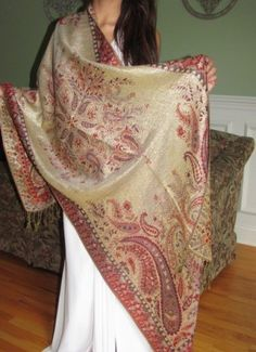 beautiful shawls for dressy formal evening wear. shop the pashmina sale and buy shiny dressy pashminas on sale.