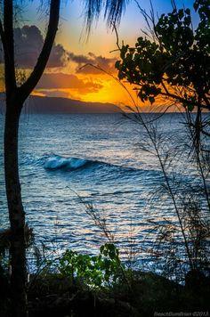 Oahu's north shore.  Just beautiful.