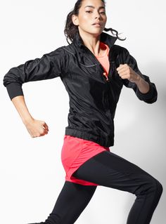 Run ready. Adrianne Ho in I.FIV5 Ultra Light Windbreaker & Ergonomic Mesh Legging. http://www.simons.ca/simons/category/c1531/At+the+gym+with+Adrianne+Ho?/en/#slide_1 #sportswear #running #fitness